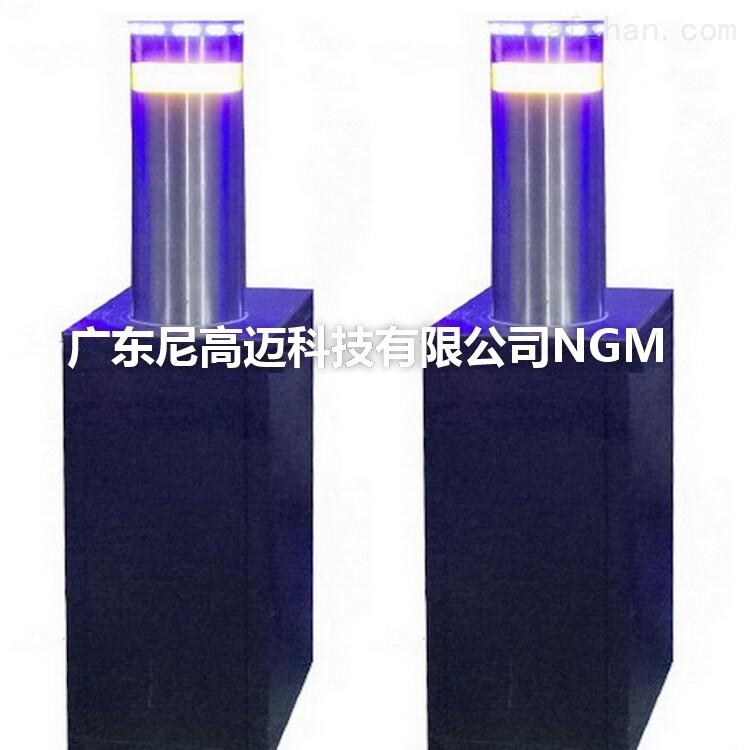 优质不锈钢液压防撞柱