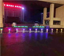 DB广州电动升降不锈钢挡车柱遥控伸缩拦截路桩